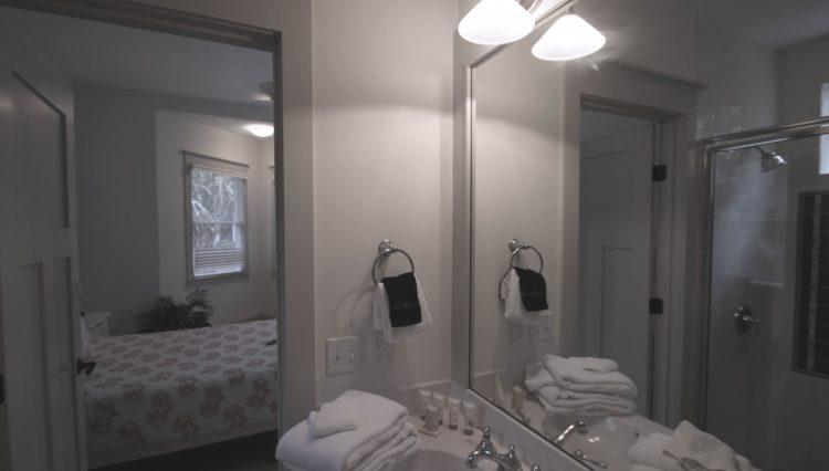 sumner bathroom 3