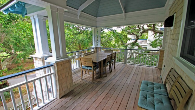 porch2-1-1024x683